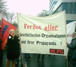 Mordanschlag auf Passauer Polizeidirektor - Verbot faschistischer Organisationen längst überfällig