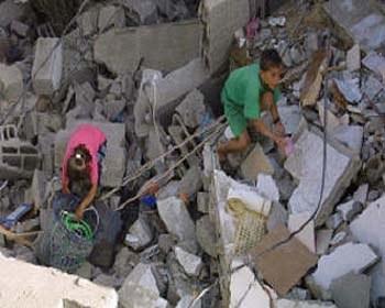 Bombardierung von Gaza: Ein Massaker am palästinensischen Volk