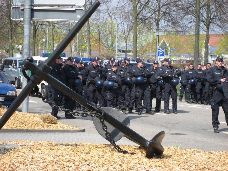 NATO-Gipfel mit grenzüberschreitender Bürgerkriegsübung
