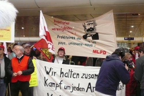 """""""Continental - Solidarite"""" - Signal für die internationale Arbeitereinheit beim Aktionstag in Hannover"""
