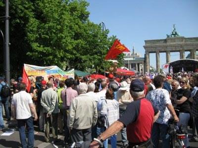 1. Mai 2009: Große Beteiligung, Kritik am Krisenchaos, Interesse am echten Sozialismus