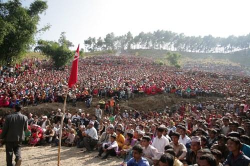 Nepal: Rücktritt der Regierung - Provokation aus der Armeeführung