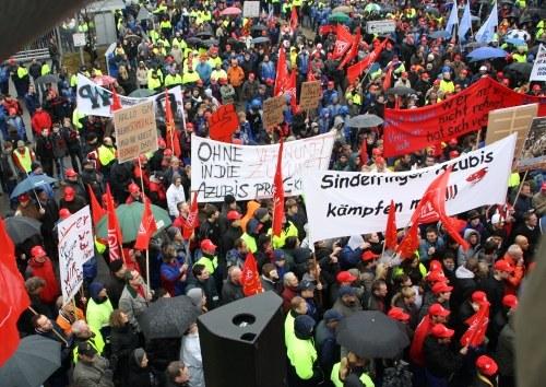 """Daimler Sindelfingen: """"Die Aktionen müssen weiter gehen - wir müssen richtig streiken!"""""""
