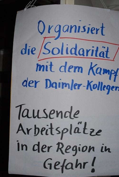 Stuttgarter Studenten unterstützen Sindelfinger Daimler-Kollegen