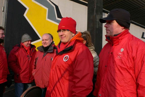 Opel-Chef Reilly will Belegschaften spalten - Bochumer Opel-Azubis schreiben ihren Kollegen in Antwerpen