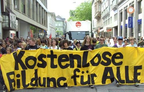 """Wiesbaden: """"One Solution - Revolution"""""""