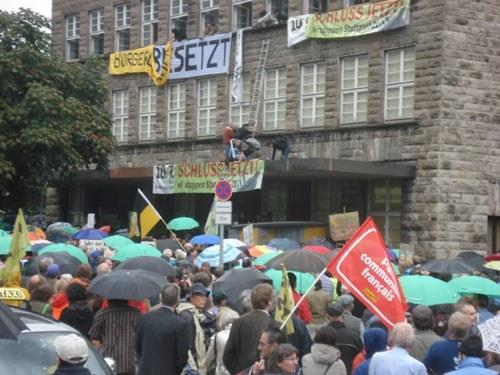 Polizei räumt besetzten Stuttgarter Hauptbahnhof