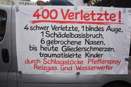 """Fast 20.000 bei Demonstration in Stuttgart gegen Polizeigewalt am 30. September - """"Wir klagen an! Raus mit der Wahrheit!"""""""