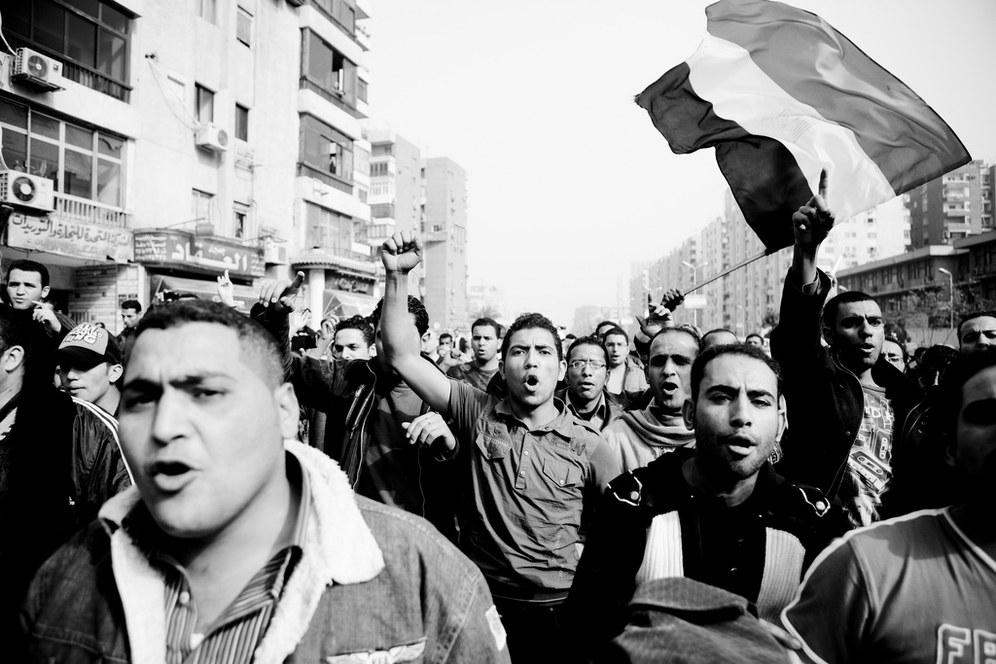 Mubarak am Ende: Ägyptens Massen entscheiden sich für die demokratische Revolution!