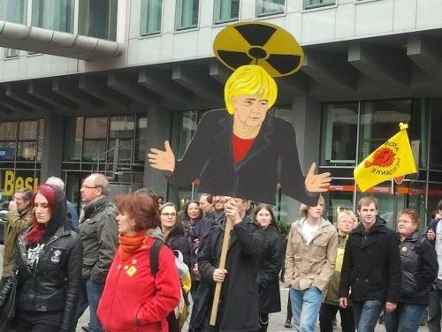 """Mehr als 250.000 fordern: """"Atomkraftwerke abschalten - sofort!"""""""