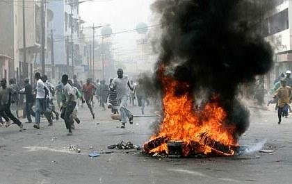 Der revolutionäre Funke hat auch Westafrika erreicht