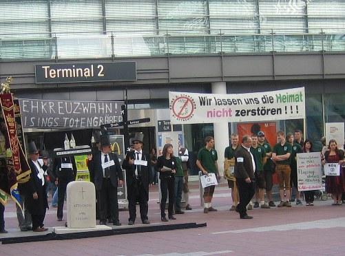 """Dritte Startbahn am Münchner Flughafen - ein neues """"Stuttgart 21""""?"""