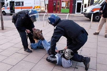Jugendrevolte in Großbritannien weitet sich aus