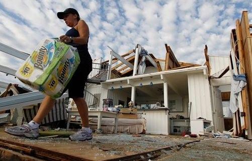 """Hurrikan """"Irene"""" hinterlässt Spur der Verwüstung"""