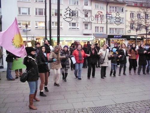 Friedrichshafen: Eine gelungene Veranstaltung zum Internationalen Tag gegen Gewalt an Frauen