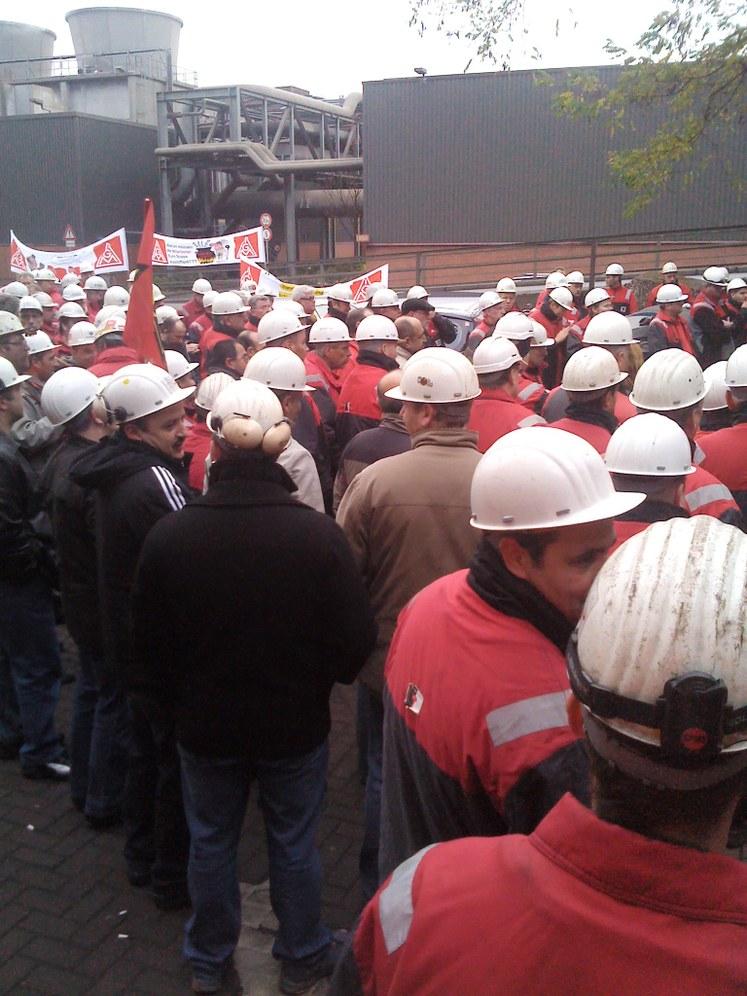 Streikaktion bei TSTG-Schienentechnik in Duisburg