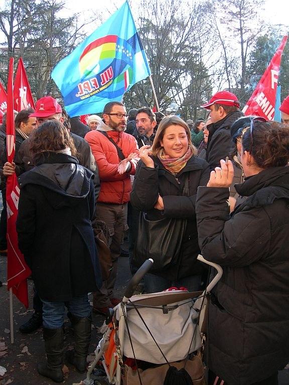 Italien: Besuch einer kämpferischen Kundgebung in Modena