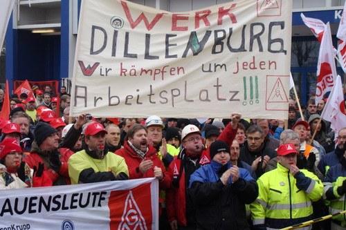 1.200 Stahlarbeiter protestieren in Essen