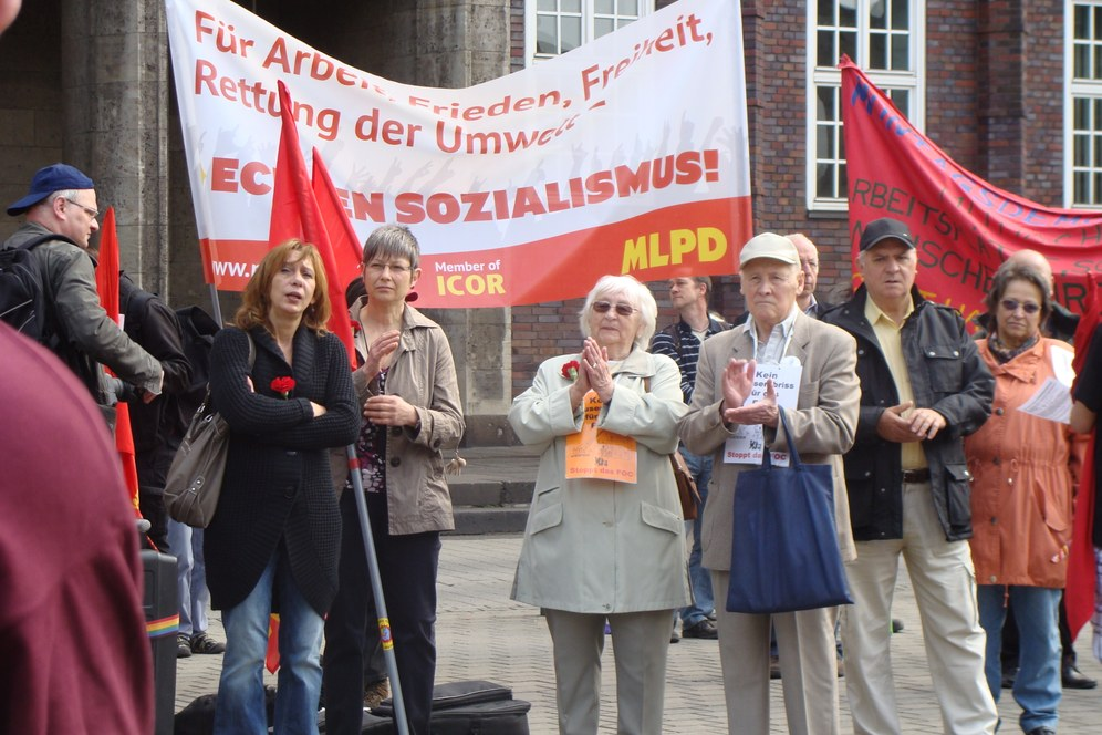 """1. Mai 2012 - """"Die Verbundenheit mit der Arbeiterklasse weltweit war mit den Händen zu greifen"""""""