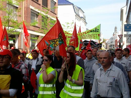 Rüsselsheimer Opelaner kämpferisch für IGM-Forderungen und gegen Standortspaltung