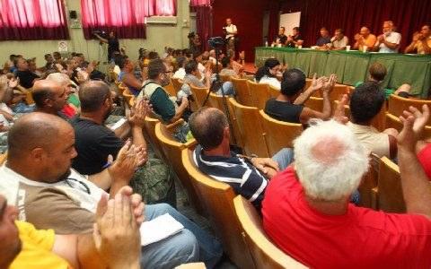 Aktuell: Streikversammlung beschloss Fortsetzung des Streiks