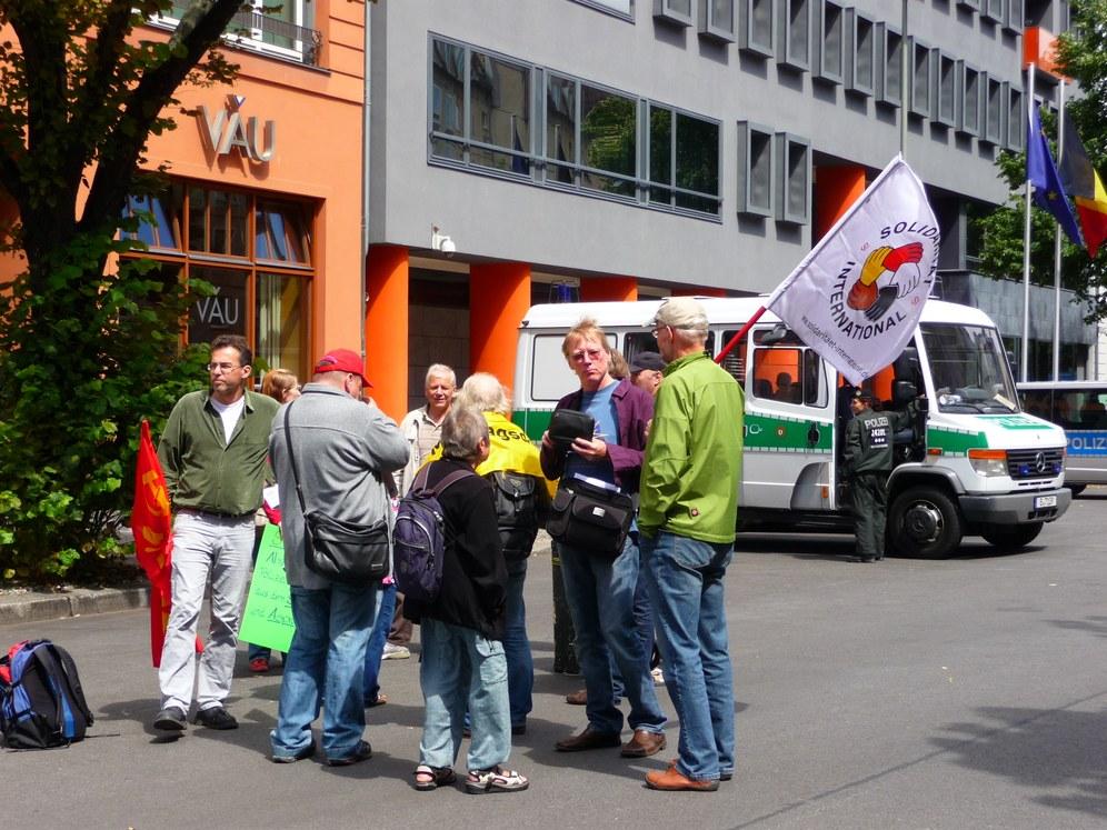 Protestaktion vor der griechischen Botschaft in Berlin