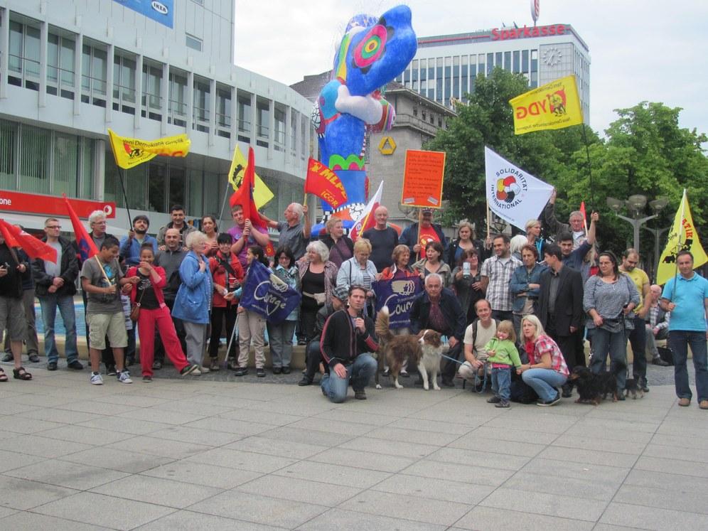 Duisburg: Kundgebung zur Solidarität mit den griechischen Stahlarbeitern