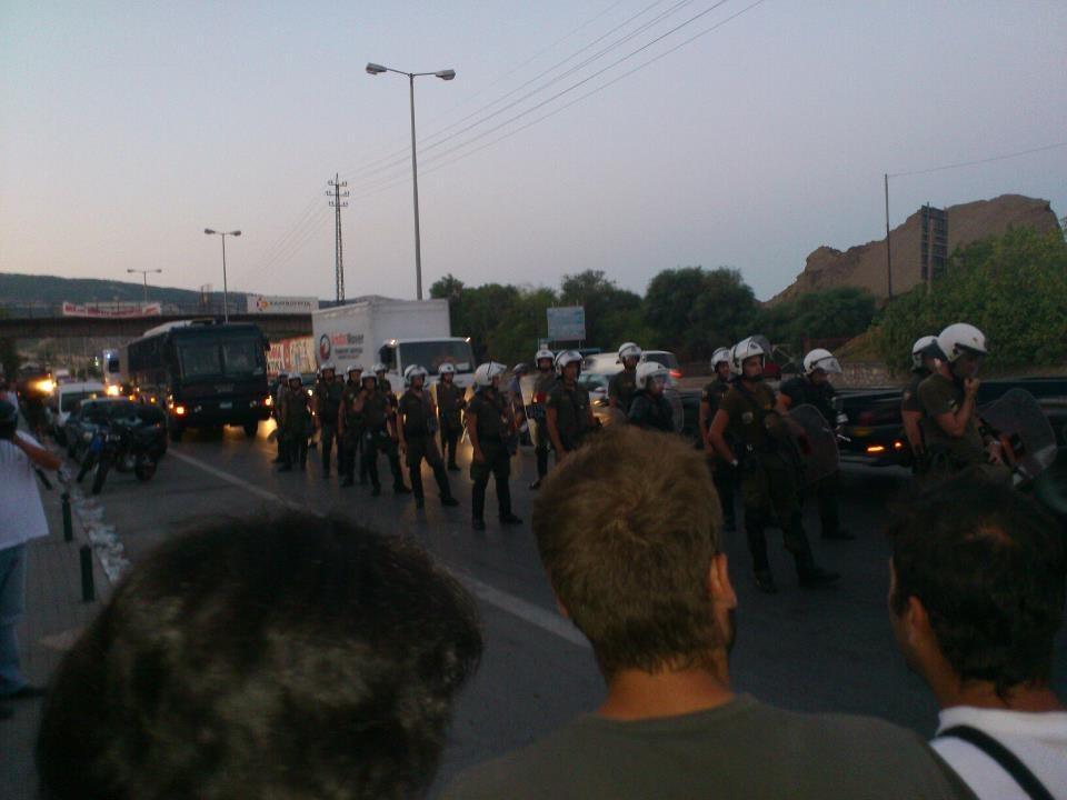 Polizei greift erneut griechische Stahlarbeiter an - heute bundesweit Proteste und Solidaritätsaktionen