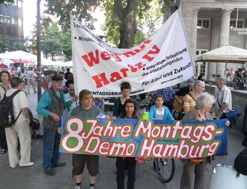 """Optimistisches Sommerfest """"Acht Jahre Hamburger Montagsdemo"""""""