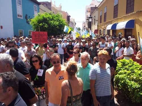 Protest gegen Verantwortliche der Waldbrände auf Kanaren-Insel La Gomera
