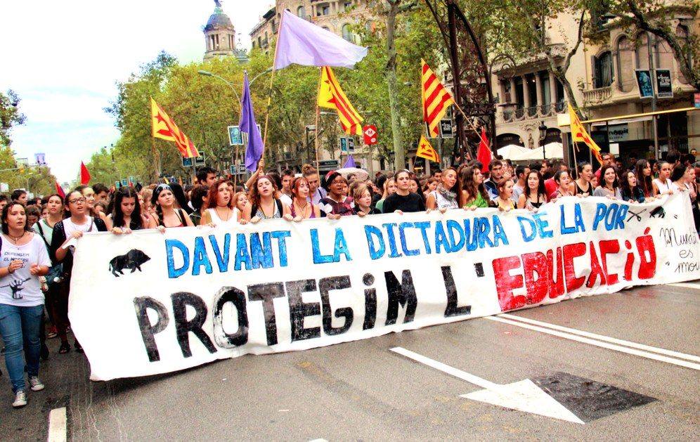 """""""Wir zahlen eure Schulden nicht!"""" - 200.000 protestieren in Spanien gegen Kürzungen im Bildungsbereich"""