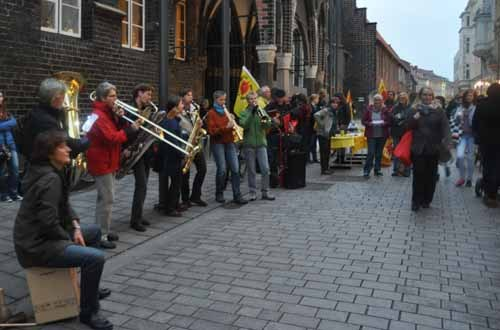 Hunderste Montagskundgebung gegen AKW in Lübeck