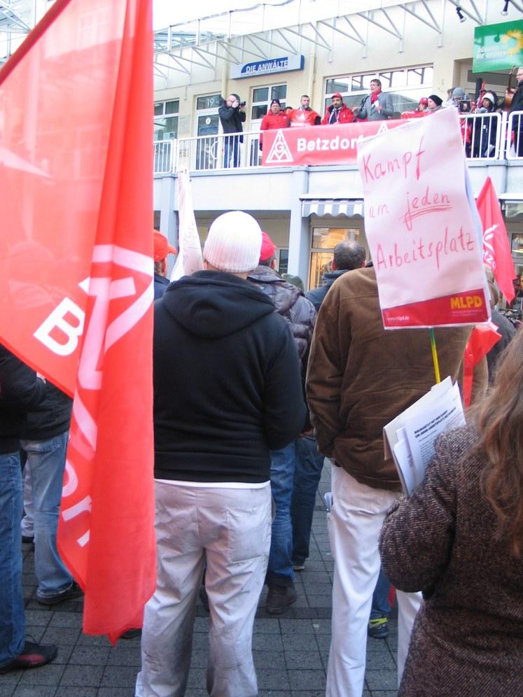 """Faurecia-Kollegen in Scheuerfeld: """"Wir können auch zwölf Tage streiken!"""""""