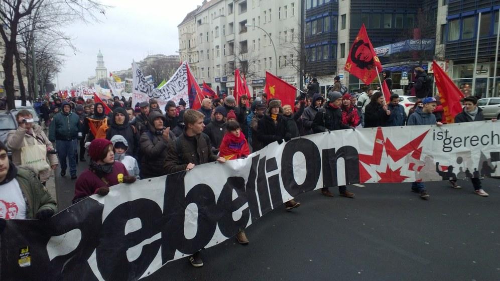 Zehntausende für den Sozialismus und das Gedenken an Lenin, Liebknecht und Luxemburg auf der Straße