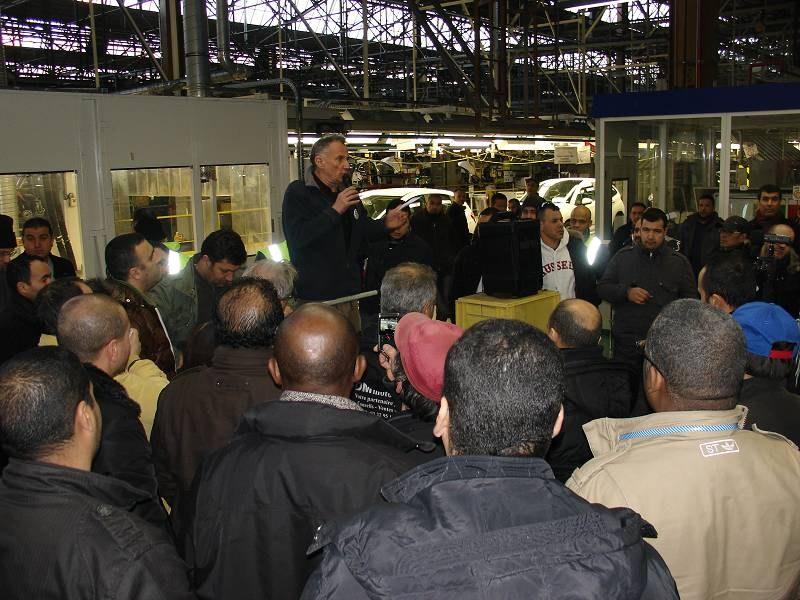 Besuch bei der streikenden Belegschaft von PSA Aulnay