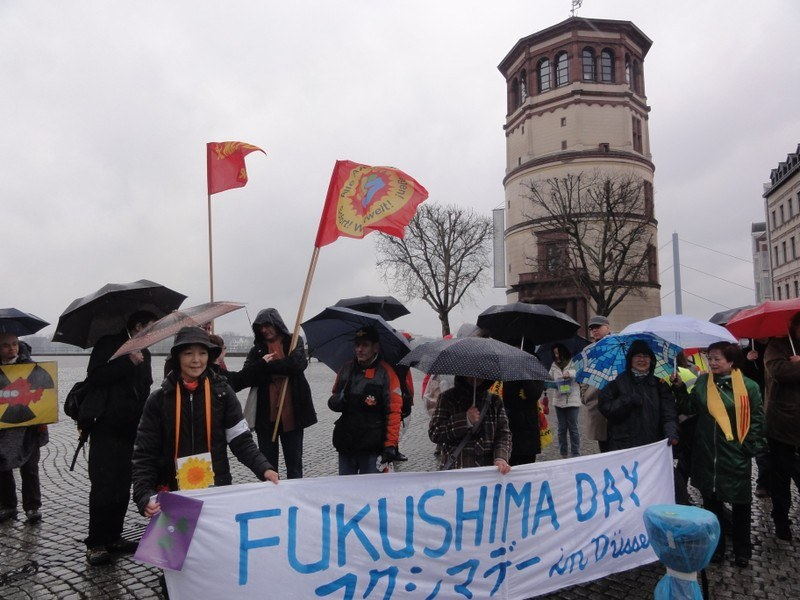 Düsseldorf: Deutsch-Japanische Proteste gegen Atompolitik