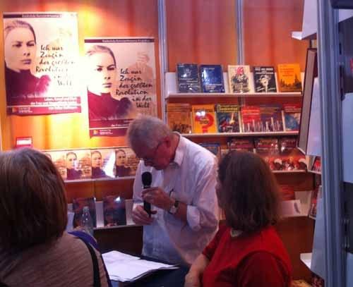 Leipziger Buchmesse hat ihre Tore geöffnet - Buchpreis für Würdigung der Geschichte der Roma