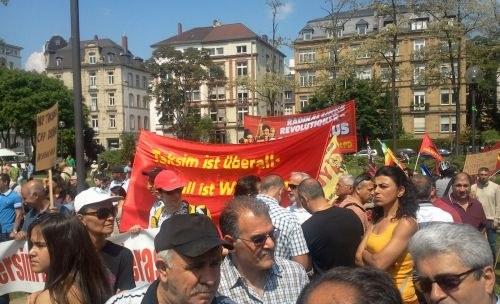 Kämpferische Protest- und Solidaritätsdemonstration in Frankfurt