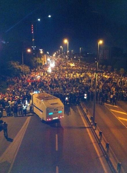 "Internationale solidarische Beobachter in Istanbul: Sevim Dağdelen (""Die Linke""), Dr. Ernst Herbert (MLPD), Claudia Roth (Grüne)"