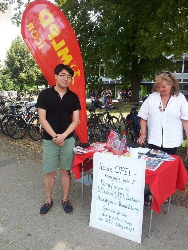 Tübingen: Die letzten zwei Euro für die Opelaner gespendet