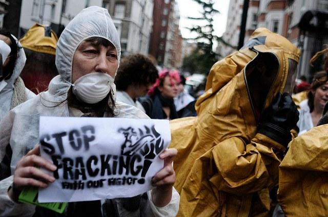 """Fracking weltweit stoppen!"""