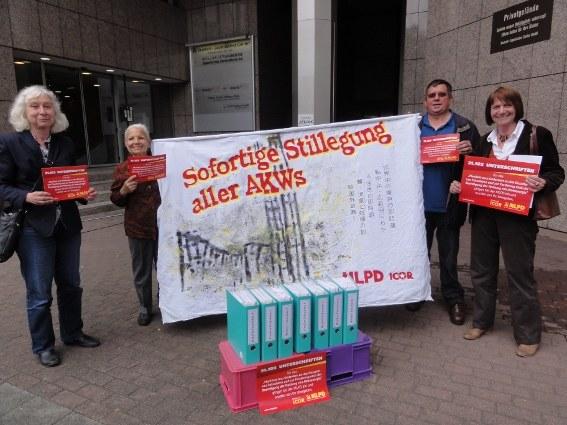 Unterschriften der ICOR/ILPS-Kampagne übergeben