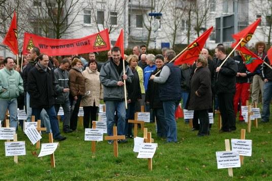 Belegschaft bei IMI Norgren will trotz Einschüchterungsversuchen um ihre Arbeitsplätze kämpfen