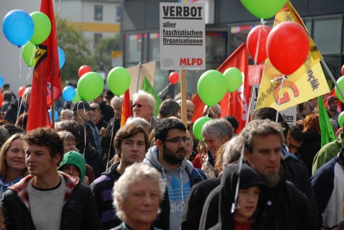 """Wuppertal: Breites Bündnis stoppt Aufmarsch von """"Die Rechte"""""""