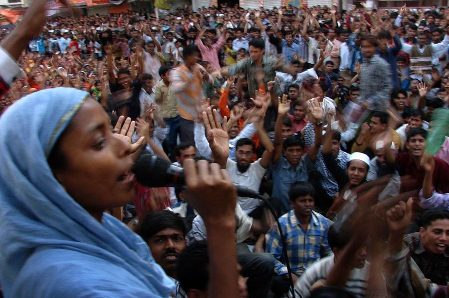 Bangladesch: Mutige Streiks der Textilbeschäftigten trotz Ausnahmezustand