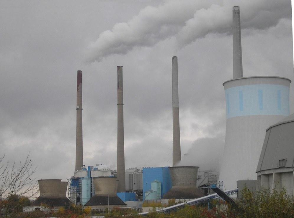"""RWE vernichtet weitere tausende Arbeitsplätze - nicht """"Energiewende"""", sondern Profitwirtschaft ist schuld"""