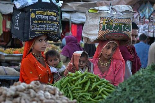 """""""Bali-Pakt"""": Ein historisches Knebelabkommen zugunsten des internationalen Finanzkapitals"""