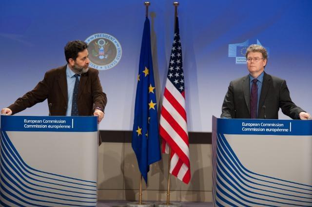 Wachsende Kritik an Geheimverhandlungen über Freihandelsabkommen zwischen EU und USA