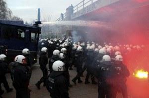 Brutale Bürgerkriegsübung in Hamburg