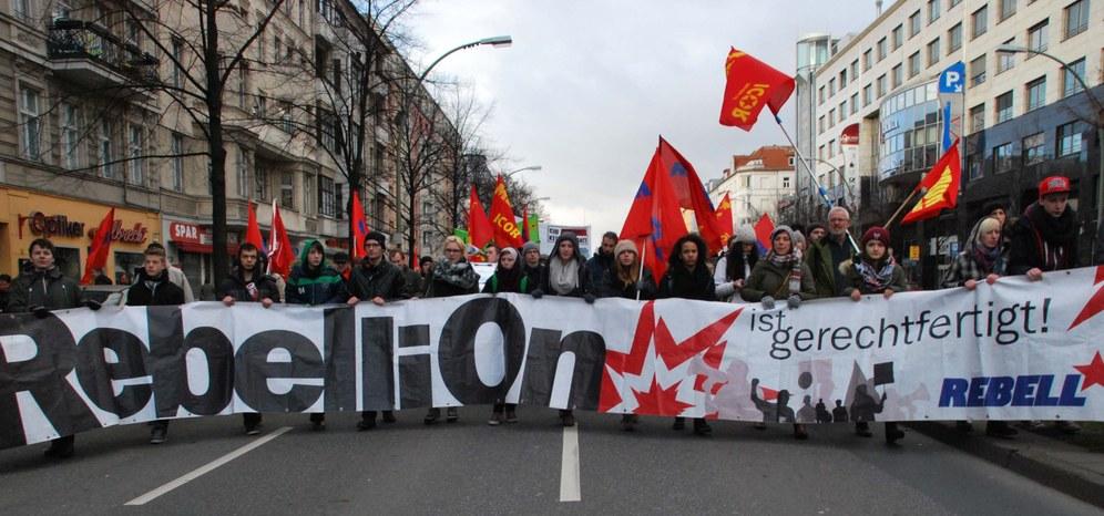 """Zehntausende gedenken Karl Liebknechts, Rosa Luxemburgs und Lenins: """"Allen Grund, die Welt zu verändern"""""""
